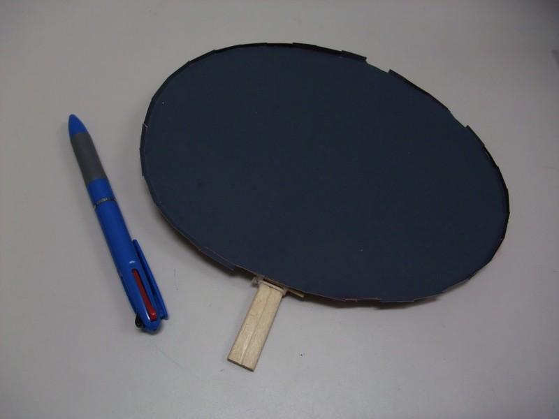 水玉コロコロの実験に使うボールペンと撥水の紙